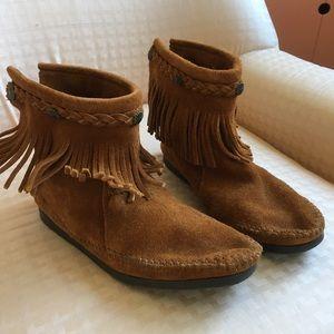 Minnetonka Ankle Height Moccasins